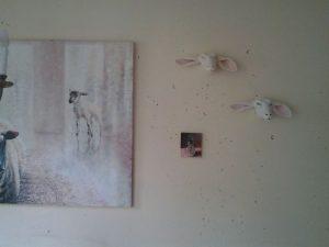 Interieur schilderij Pak koffie, olieverf op paneel, 18 x 13 cm, Serge de Vries